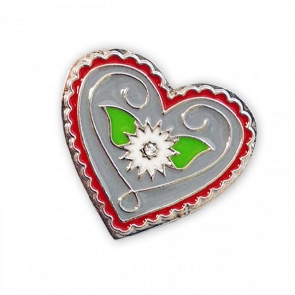 Herzförmiger Anstecker mit Edelweiss.